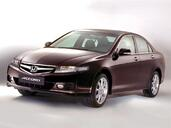 Honda Accord  photo 4 http://www.voiturepourlui.com/images/Honda/Accord/Exterieur/Honda_Accord_005.jpg