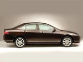 Honda Accord  photo 6 http://www.voiturepourlui.com/images/Honda/Accord/Exterieur/Honda_Accord_007.jpg