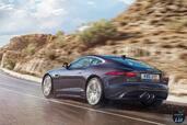 Jaguar F Type 2016  photo 6 http://www.voiturepourlui.com/images/Jaguar/F-Type-2016/Exterieur/Jaguar_F_Type_2016_006_noire_arriere_aile_cote.jpg