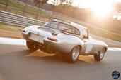 Jaguar Lightweight E Type  photo 14 http://www.voiturepourlui.com/images/Jaguar/Lightweight-E-Type/Exterieur/Jaguar_Lightweight_E_Type_016.jpg
