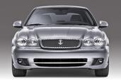 Jaguar X Type  photo 14 http://www.voiturepourlui.com/images/Jaguar/X-Type/Exterieur/Jaguar_X_Type_252.jpg