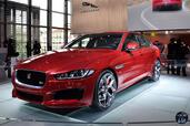 Jaguar XE Mondial Auto 2014  photo 11 http://www.voiturepourlui.com/images/Jaguar/XE-Mondial-Auto-2014/Exterieur/Jaguar_XE_Mondial_Auto_2014_011_rouge.jpg