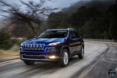 Jeep Cherokee 2014  photo 15 http://www.voiturepourlui.com/images/Jeep/Cherokee-2014/Exterieur/Jeep_Cherokee_2014_016_route.jpg