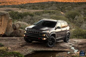 Jeep Cherokee 2014  photo 16 http://www.voiturepourlui.com/images/Jeep/Cherokee-2014/Exterieur/Jeep_Cherokee_2014_017_marron.jpg