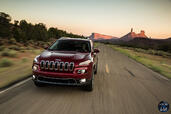 Jeep Cherokee 2014  photo 44 http://www.voiturepourlui.com/images/Jeep/Cherokee-2014/Exterieur/Jeep_Cherokee_2014_044_route.jpg