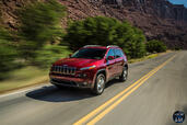 Jeep Cherokee 2014  photo 46 http://www.voiturepourlui.com/images/Jeep/Cherokee-2014/Exterieur/Jeep_Cherokee_2014_046_performance.jpg