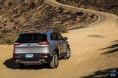 Jeep Cherokee 2014  photo 66 http://www.voiturepourlui.com/images/Jeep/Cherokee-2014/Exterieur/Jeep_Cherokee_2014_065_route.jpg