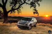 Jeep Cherokee 2014  photo 67 http://www.voiturepourlui.com/images/Jeep/Cherokee-2014/Exterieur/Jeep_Cherokee_2014_066_design.jpg