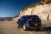 Jeep Cherokee 2014  photo 76 http://www.voiturepourlui.com/images/Jeep/Cherokee-2014/Exterieur/Jeep_Cherokee_2014_076_sable.jpg