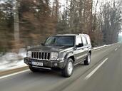 Jeep Commander  photo 3 http://www.voiturepourlui.com/images/Jeep/Commander/Exterieur/Jeep_Commander_003.jpg