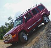 Jeep Commander  photo 7 http://www.voiturepourlui.com/images/Jeep/Commander/Exterieur/Jeep_Commander_009.jpg