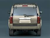 Jeep Commander  photo 8 http://www.voiturepourlui.com/images/Jeep/Commander/Exterieur/Jeep_Commander_020.jpg