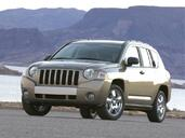 Jeep Compass  photo 1 http://www.voiturepourlui.com/images/Jeep/Compass/Exterieur/Jeep_Compass_001.jpg