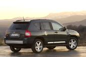 Jeep Compass  photo 8 http://www.voiturepourlui.com/images/Jeep/Compass/Exterieur/Jeep_Compass_009.jpg
