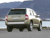 Jeep Compass  photo 9 http://www.voiturepourlui.com/images/Jeep/Compass/Exterieur/Jeep_Compass_010.jpg