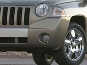 Jeep Compass  photo 15 http://www.voiturepourlui.com/images/Jeep/Compass/Exterieur/Jeep_Compass_016.jpg