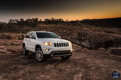 Jeep Grand Cherokee 2014  photo 5 http://www.voiturepourlui.com/images/Jeep/Grand-Cherokee-2014/Exterieur/Jeep_Grand_Cherokee_2014_005_blanc.jpg