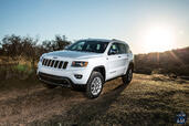 Jeep Grand Cherokee 2014  photo 8 http://www.voiturepourlui.com/images/Jeep/Grand-Cherokee-2014/Exterieur/Jeep_Grand_Cherokee_2014_008_blanche.jpg