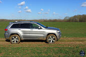 Jeep Grand Cherokee 2015  photo 5 http://www.voiturepourlui.com/images/Jeep/Grand-Cherokee-2015/Exterieur/Jeep_Grand_Cherokee_2015_005_profil.jpg