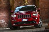 Jeep Grand Cherokee SRT8  photo 8 http://www.voiturepourlui.com/images/Jeep/Grand-Cherokee-SRT8/Exterieur/Jeep_Grand_Cherokee_SRT8_008.jpg