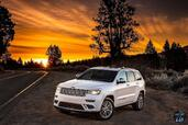Jeep Grand Cherokee Summit 2017  photo 5 http://www.voiturepourlui.com/images/Jeep/Grand-Cherokee-Summit-2017/Exterieur/Jeep_Grand_Cherokee_Summit_2017_005_avant_blanc_feux_phares.jpg