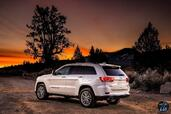 Jeep Grand Cherokee Summit 2017  photo 6 http://www.voiturepourlui.com/images/Jeep/Grand-Cherokee-Summit-2017/Exterieur/Jeep_Grand_Cherokee_Summit_2017_006_blanc_arriere_feux_phares.jpg