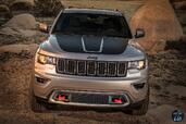 Jeep Grand Cherokee Trailhawk 2017  photo 14 http://www.voiturepourlui.com/images/Jeep/Grand-Cherokee-Trailhawk-2017/Exterieur/Jeep_Grand_Cherokee_Trailhawk_2017_017_gris_avant_face.jpg