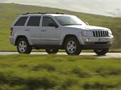 Jeep Grand Cherokee  photo 8 http://www.voiturepourlui.com/images/Jeep/Grand-Cherokee/Exterieur/Jeep_Grand_Cherokee_008.jpg