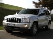 Jeep Grand Cherokee  photo 10 http://www.voiturepourlui.com/images/Jeep/Grand-Cherokee/Exterieur/Jeep_Grand_Cherokee_010.jpg