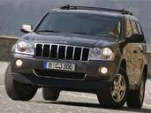 Jeep Grand Cherokee  photo 16 http://www.voiturepourlui.com/images/Jeep/Grand-Cherokee/Exterieur/Jeep_Grand_Cherokee_016.jpg