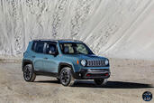 Jeep Renegade 2015  photo 8 http://www.voiturepourlui.com/images/Jeep/Renegade-2015/Exterieur/Jeep_Renegade_2015_008.jpg