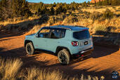 Jeep Renegade 2015  photo 16 http://www.voiturepourlui.com/images/Jeep/Renegade-2015/Exterieur/Jeep_Renegade_2015_017.jpg