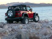Jeep Wrangler  photo 13 http://www.voiturepourlui.com/images/Jeep/Wrangler/Exterieur/Jeep_Wrangler_013.jpg