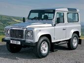 Land-Rover Defender  photo 3 http://www.voiturepourlui.com/images/Land-Rover/Defender/Exterieur/Land_Rover_Defender_003.jpg
