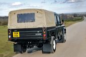 Land-Rover Defender  photo 14 http://www.voiturepourlui.com/images/Land-Rover/Defender/Exterieur/Land_Rover_Defender_014.jpg
