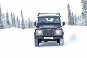 Land-Rover Defender  photo 16 http://www.voiturepourlui.com/images/Land-Rover/Defender/Exterieur/Land_Rover_Defender_016.jpg