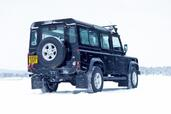 Land-Rover Defender  photo 20 http://www.voiturepourlui.com/images/Land-Rover/Defender/Exterieur/Land_Rover_Defender_020.jpg