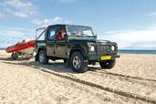 Land-Rover Defender  photo 49 http://www.voiturepourlui.com/images/Land-Rover/Defender/Exterieur/Land_Rover_Defender_049.jpg