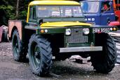 Land-Rover Defender  photo 57 http://www.voiturepourlui.com/images/Land-Rover/Defender/Exterieur/Land_Rover_Defender_057.jpg