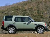 Land-Rover Discovery II  photo 3 http://www.voiturepourlui.com/images/Land-Rover/Discovery-II/Exterieur/LandRover_Discovery_III_003.jpg