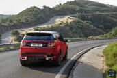 Land-Rover Discovery Sport Dynamic 2016  photo 8 http://www.voiturepourlui.com/images/Land-Rover/Discovery-Sport-Dynamic-2016/Exterieur/Land_Rover_Discovery_Sport_Dynamic_2016_008_rouge_arriere.jpg