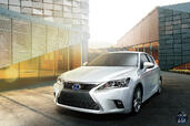 Lexus CT 200h 2015  photo 3 http://www.voiturepourlui.com/images/Lexus/CT-200h-2015/Exterieur/Lexus_CT_200h_2015_003.jpg