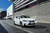 Lexus CT 200h 2015  photo 11 http://www.voiturepourlui.com/images/Lexus/CT-200h-2015/Exterieur/Lexus_CT_200h_2015_011.jpg