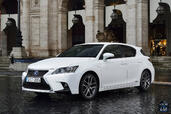 Lexus CT 200h 2015  photo 17 http://www.voiturepourlui.com/images/Lexus/CT-200h-2015/Exterieur/Lexus_CT_200h_2015_017.jpg