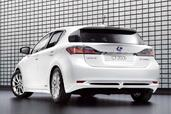 Lexus CT 200h  photo 4 http://www.voiturepourlui.com/images/Lexus/CT-200h/Exterieur/Lexus_CT_200h_004.jpg