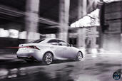 Lexus IS 300H 2014  photo 16 http://www.voiturepourlui.com/images/Lexus/IS-300H-2014/Exterieur/Lexus_IS_300H_2014_016.jpg