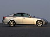 Lexus IS  photo 19 http://www.voiturepourlui.com/images/Lexus/IS/Exterieur/Lexus_IS_011.jpg