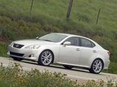 Lexus IS  photo 27 http://www.voiturepourlui.com/images/Lexus/IS/Exterieur/Lexus_IS_030.jpg