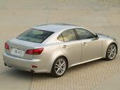 Lexus IS  photo 32 http://www.voiturepourlui.com/images/Lexus/IS/Exterieur/Lexus_IS_035.jpg