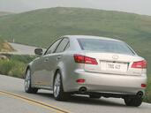 Lexus IS  photo 33 http://www.voiturepourlui.com/images/Lexus/IS/Exterieur/Lexus_IS_036.jpg